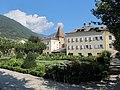 Bressanone, giardino di corte 03.JPG