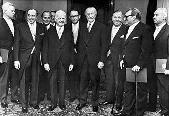 Heinrich Lübke - Lübke with Cabinet V - Adenauer