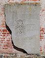 Burg Bederkesa Steinplatte 02.jpg