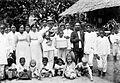 COLLECTIE TROPENMUSEUM Christelijke bevolking op een feestje te Wahai Noord-Seram TMnr 10000746.jpg