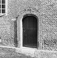 Camer van Charitaten, poortje 1647 - Delft - 20050401 - RCE.jpg