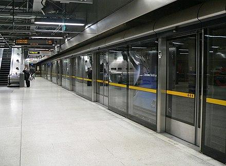 Londýnske metro (angl. London Underground, v hovorovej reči the Tube) je najstarší podzemný dopravný systém na svete.