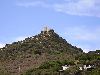 El castillo de Burriac visto des de Cabrera