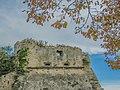 Castello Ruffo con albero.jpg