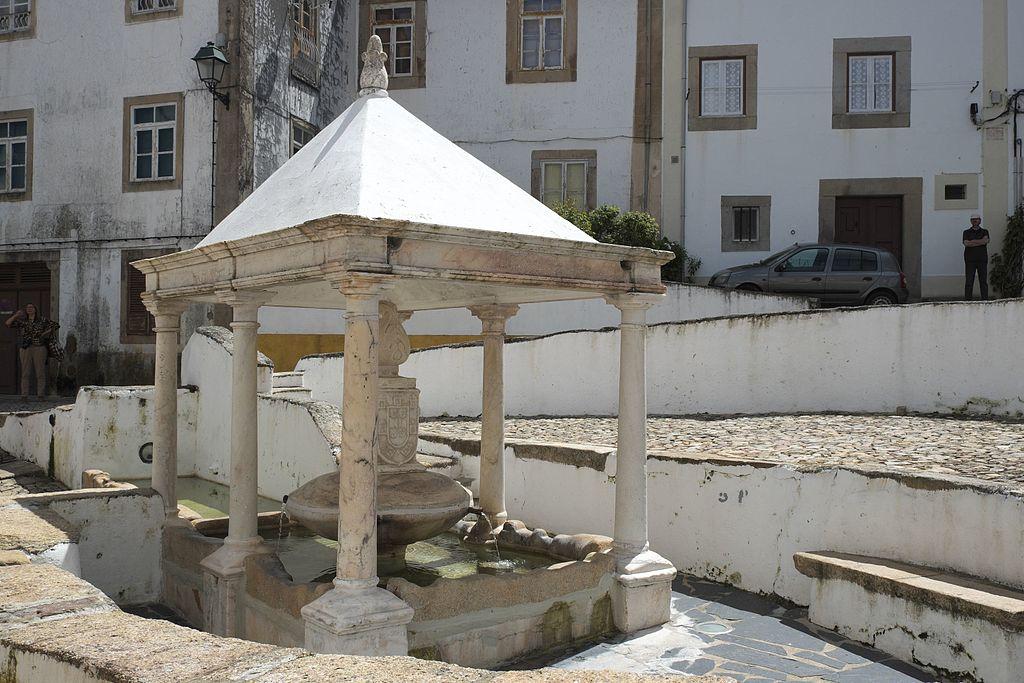 Castelo de Vide Fonte da Vila 931