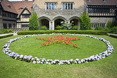 Cecilienhof red star.jpg