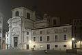 Chiesa di San Geremia facciata nord di notte.jpg