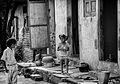 Children in the alley (12865169984).jpg