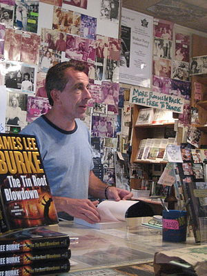 Chris Rose (journalist) - Rose reading at a book signing, August 2007