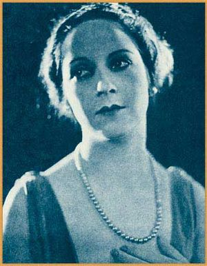 Claire Du Brey - DuBrey in Who's Who on the Screen (1920)