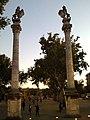 Columnas Leones 03.jpg
