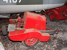Commune de Salouel, Fire fighting pump trailer.JPG