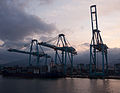 Cranes in the Port of Algeciras 02.jpg
