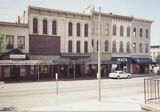 Crawfordsville, Indiana - Washington and Main street, 1997. Western half of the 100 block of East Main Street, as seen from courthouse.