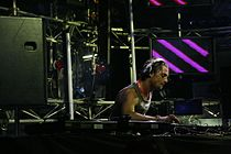 DJ Axwell - Melbourn Central 2007.jpg