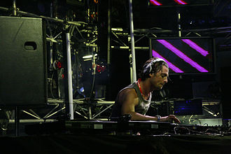 Axwell - Axwell performing in Melbourne, 2007