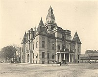 Dallas County Courthouse in 1907.jpg