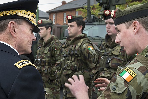 Modern Irish Army uniform IMAGES VIDEOS
