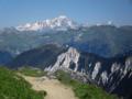 Dent du Villard met Mont Blanc-massief.png