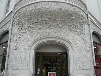 Jens Zetlitz Monrad Kielland - Art Nouveau  front entrance of Det Hvite Hus kin Bergen