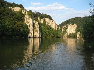 Danube Gorge (Weltenburg) - Image: Donau durchbruch weltenburg