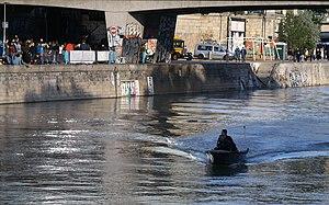 Donaukanaltreiben 2012 02.jpg