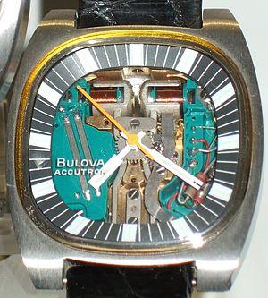 Bulova - Image: Dscf 3847 Stimmgabeluhr Bulova Accutron