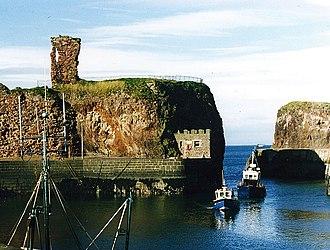 Dunbar Castle - Dunbar harbour and castle ruins