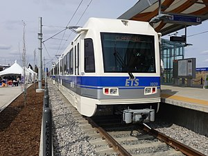 Edmonton Light Rail Transit - Image: ETS Car 1039 SD160