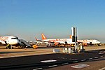EasyJet planes on the tarmac of Lisbon Airport (29117575600).jpg