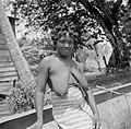 Een boslandcreoolvrouw in Langetabbetje, Bestanddeelnr 252-6779.jpg
