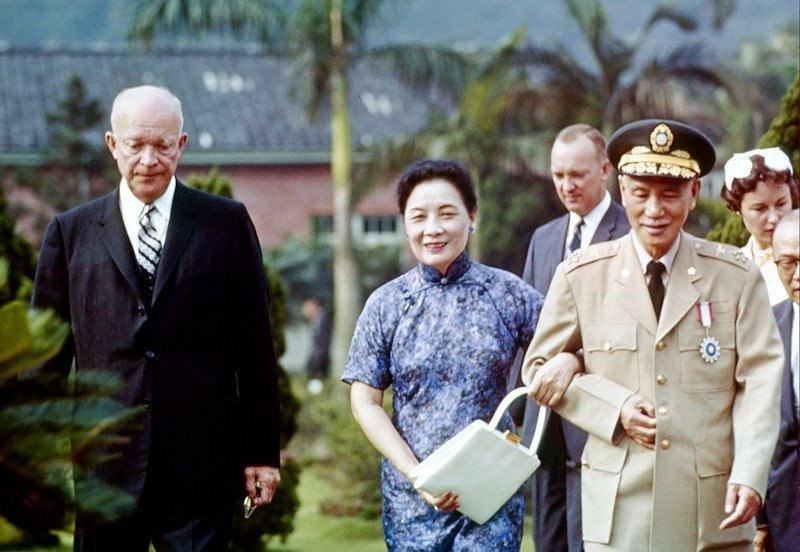Eisenhower visits Taiwan (June 1960)