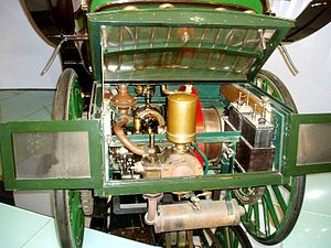 Präsident - Benz engine in 1977 Präsident replica