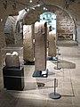 Espace archéologique de Montrozier, exposition Héros de pierre.jpg