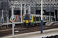 Euston station MMB 52 350247.jpg
