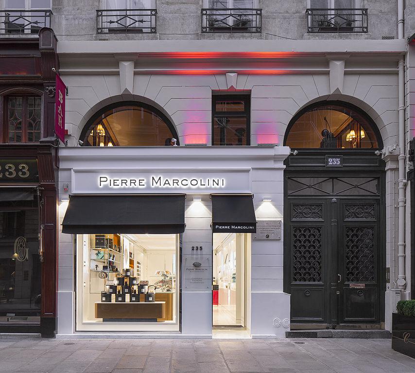 file exterieur de la boutique de pierre marcolini st honore paris wikimedia commons. Black Bedroom Furniture Sets. Home Design Ideas
