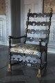Fåtölj med bronserade lejontassar, 1800-tal - Skoklosters slott - 103995.tif