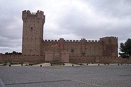 Vista frontal del castillo.