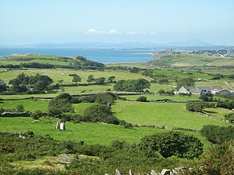 Morfa Bychan - Image: Farmland near Ty Mawr geograph.org.uk 564280