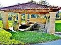 Fontaine-lavoir de la source de la Saône.jpg