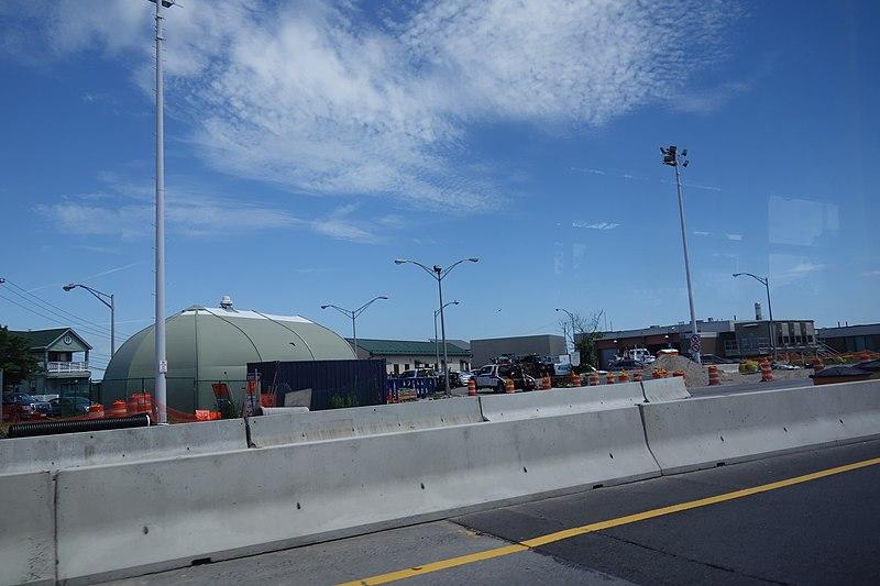 File:From the Q53 SBS td (2018-06-20) 57 - Cross Bay Bridge.jpg