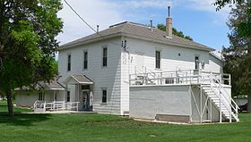 Frontier County, Nebraska courthouse from SE.JPG