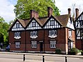 GOC Tring & Wendover Woods 135 10 and 11 High Street, Tring (34946223546).jpg