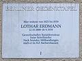 Gedenktafel Adolf-Scheidt-Platz 3 Lothar Erdmann.JPG