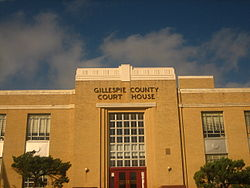 Gillespie County Courthouse.jpg