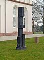 Gotisches-Haus-Skulpturengarten-Figur-2005-Hans-Steinbrenner-955.jpg