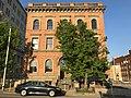 Goucher House (1892; Stanford White, architect), 2313 Saint Paul Street, Baltimore, MD 21218 (41150400405).jpg