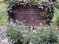 Grabstaette Ernst Otto Fischer.jpg
