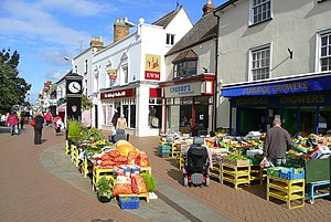 Bicester - Image: Greengrocer in Sheep Street, Bicester 1 geograph.org.uk 989713