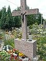 Groby na cmentarzu w Jazgarzewie 4.jpg